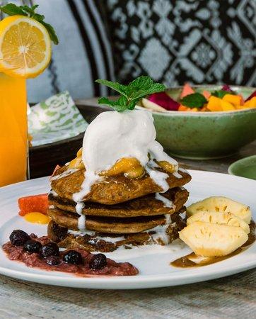 gluten free, refined sugar free, dairy free buckwheat pancakes