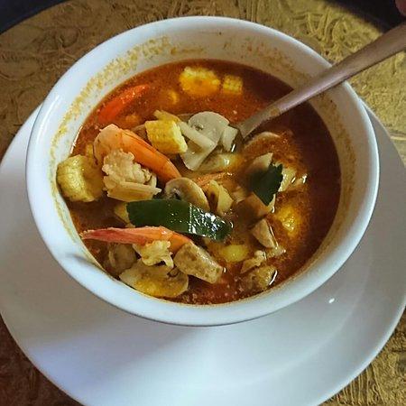 Kerobokan Kelod, Indonézia: Tom yum gong soup