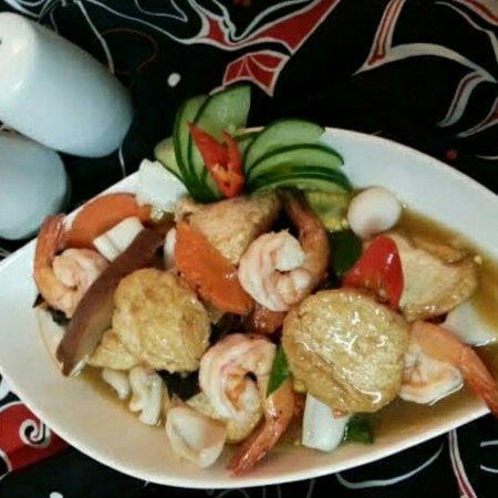 Kerobokan Kelod, Indonézia: Sapo tofu seafood