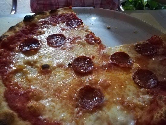 La Pimpa Pizzeria: PIZZA DIÁVOLA: EN SU JUSTO PUNTO DE PICANTE !!
