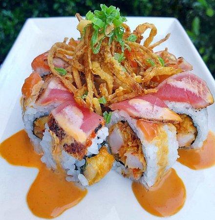 Roll  de camarão empanado (Ebi-Furay) atum e maionese kewpie