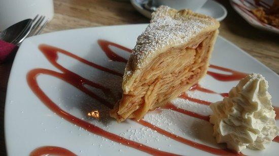 Yummy Corks Cafe Apple Pie!