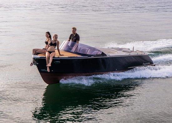 Berg am Starnberger See, Almanya: Exklusives Verleihboot Laguna 760