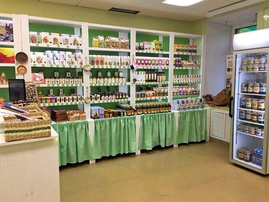 Zhiva Zemlya Novgorodskaya: Второй магазин Жива земля находится на Торговой стороне, по адресу Б. Московская 20