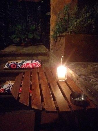 Vignanello, איטליה: Angolo esterno anche fumatori!