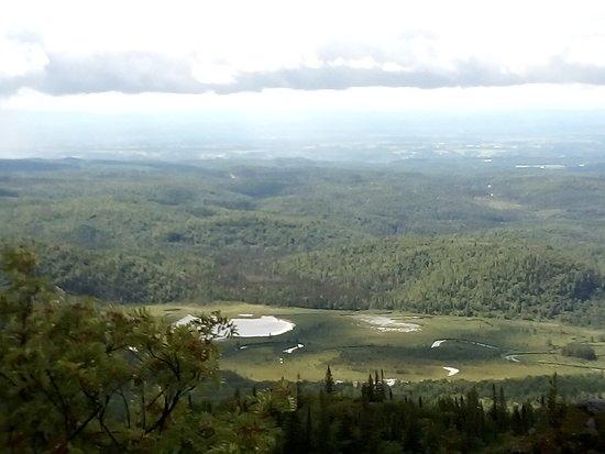 Saint-Fulgence, Καναδάς: La vue depuis le pic du chien