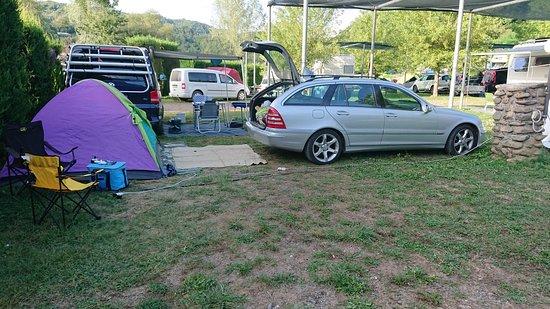 Piazzola Tenda con auto