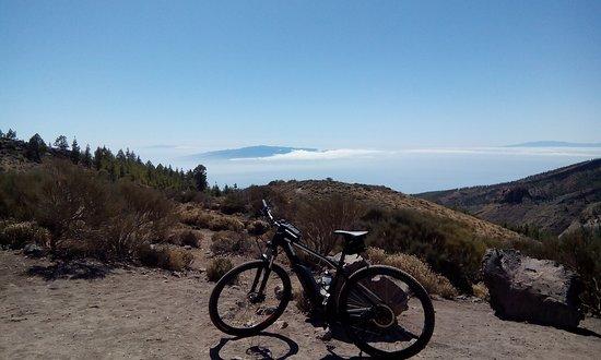 Amazing view-point to the other Canarian Islands (El Hierro, La Gomera & La Palma)