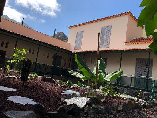 Jardín interior de nuestro Hotel Rural Triana