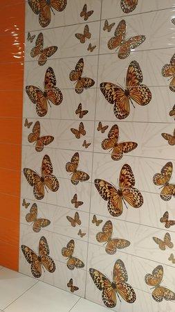 Ölmüş Kelebekler