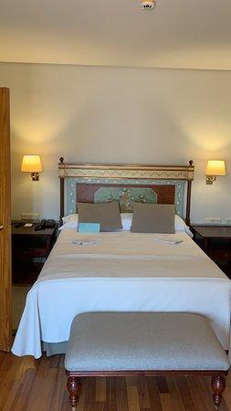 Parte della grande camera da letto della suite
