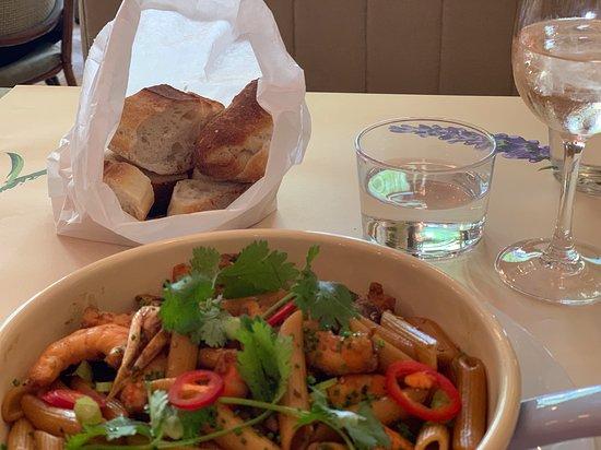 Brasserie Cézanne: Pasta with shrimps