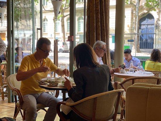 Brasserie Cézanne: Interior