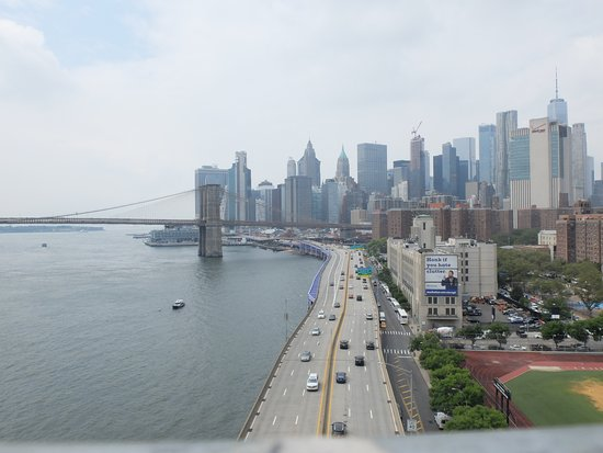 Unforgettable view from Manhattan Bridge
