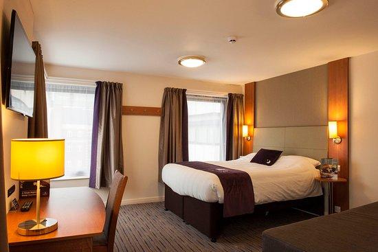 Premier Inn London Bank (Tower) Hotel: Premier Inn bedroom