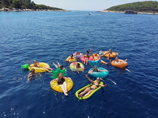 Kroatien Segeln - Split nach Dubrovnik: One of many swim spots