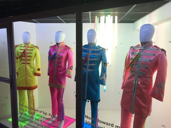 The Beatles Story Experience: Sgt Pepper costumes
