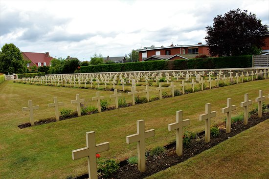 vista general del cementerio de la zona Francesa