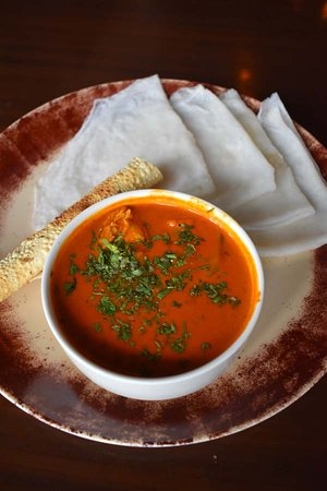 Chicken Gassi with Neer Dosa