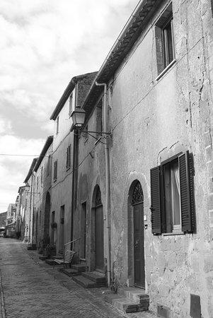 Sovana, Италия: Centro