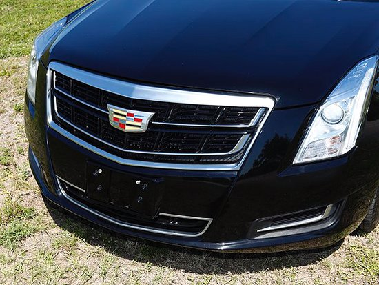 ULtimate Town Car: Cadillac XTS front
