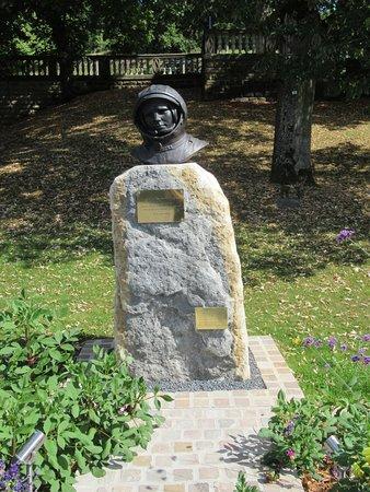 Youri Gagarine: Le buste