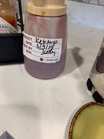 Dated from the previous week.  To be fair, I don't know how long ketchup should be kept.  Then again, to have that as THE way to get ketchup seems a little odd.