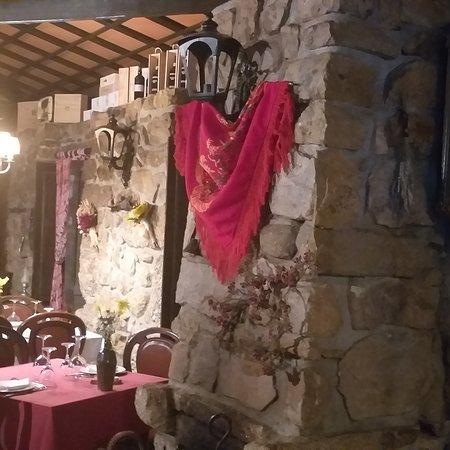 Querido O Jantar Esta Pronto: Sala de jantar