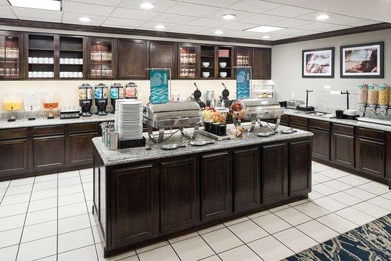 Homewood Suites by Hilton Cedar Rapids North