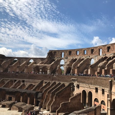 Colosseum, Pantheon and Roman Forum Express: Small Group Tour Skip-the-Line Pass: Rome May 2019