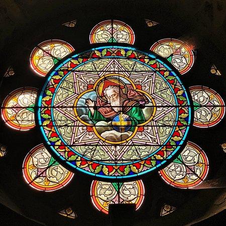 Cet avis concerne l'église Sainte-Marie-Madeleine et la chapelle Sainte-Anne située à 2 kms