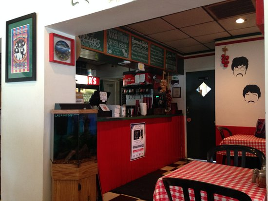 Sgt. Peffer's Italian Cafe: Dining and counter area