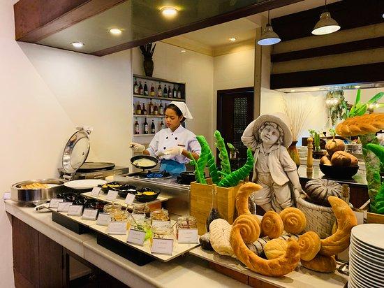 Crepe/pancake station