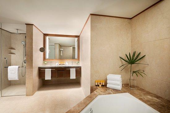 Tranquil Suite Bathroom