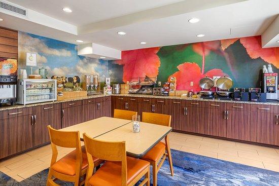 Fairfield Inn Myrtle Beach North: Restaurant