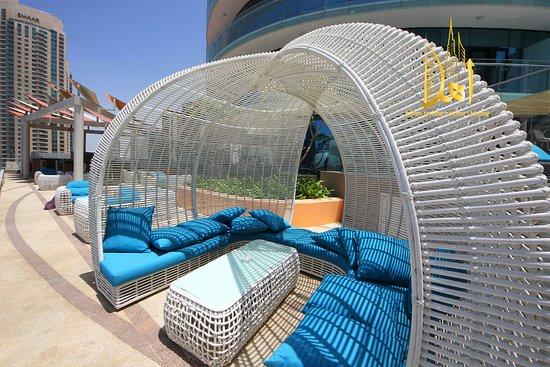 Dubai, Emirados Árabes Unidos: AHLAN HOLIDAY HOMES DOWNTOWN RELAX IN SWIMMING POOL