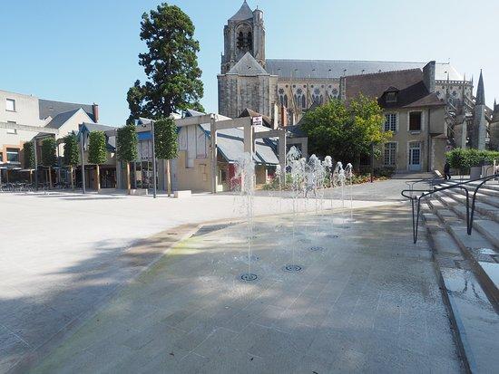 Bourges, France: Nouvelle place Simone-Veil