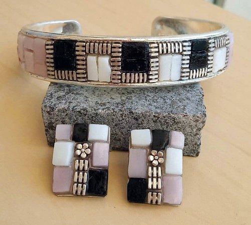 Bracelet and earrings handmade by Mosaics24 in Hanioti Halkidiki