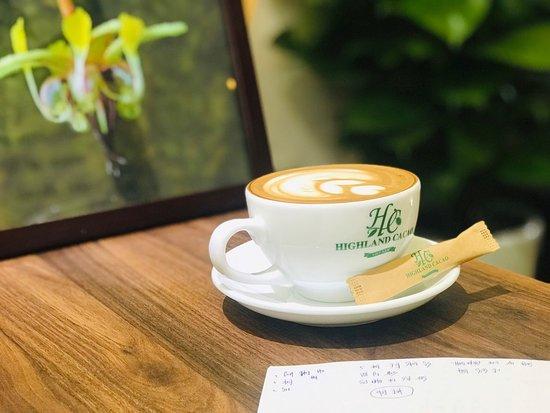 Highland Cacao: Latte