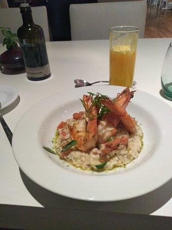 Sofitel Guarujá Jequitimar: Um jantar magnífico, comida excelente