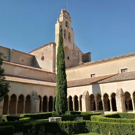 Iglesia de Nuestra Senora de la Soterrana: Claustro