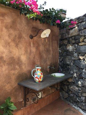 Magnifique propriété au pied de l'Etna située dans un jardin enchanteur