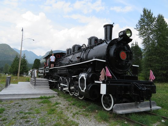 Woss, Canada: Canadian Forest Train 113
