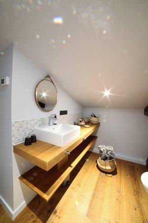 Castets, Francja: chambre double Abbesse salle de bain