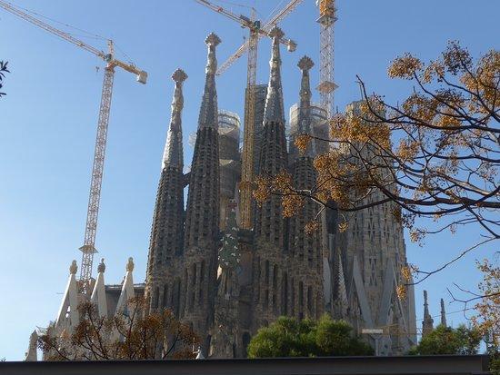 Skip the Line: Basilica of the Sagrada Familia Basic Admission Ticket: Mais próxima.