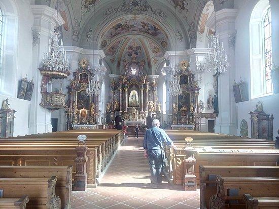 Pfarrkirche St. Jakob und St. Leonhard