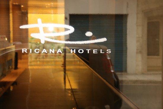 habitación ejecutiva - 布宜諾斯艾利斯布宜諾斯艾利斯遠景太陽飯店的圖片 - Tripadvisor