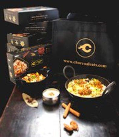 Charcoal Eats: getlstd_property_photo