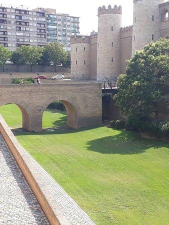 Palácio fortificado!