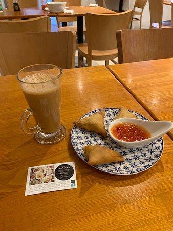 Warisan Cafe: Tea and Samosa